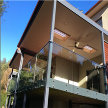 Customized side mounted frameless glass railings with standoff