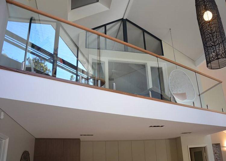 Stainless Steel Spigot Glass Railing Frameless Glass ...